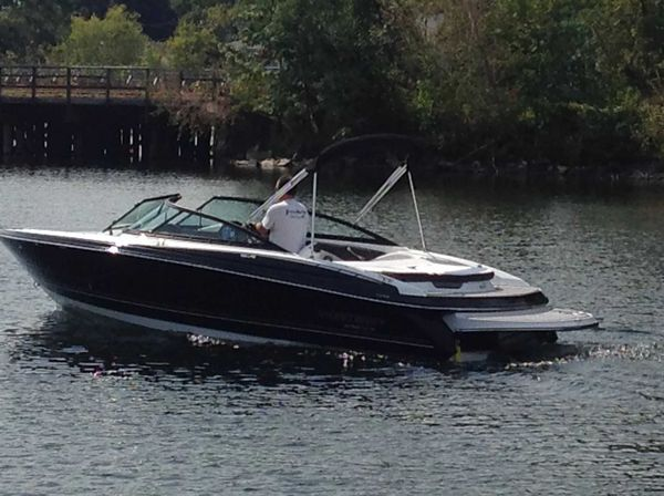 New Monterey 224FS Express Cruiser Boat For Sale