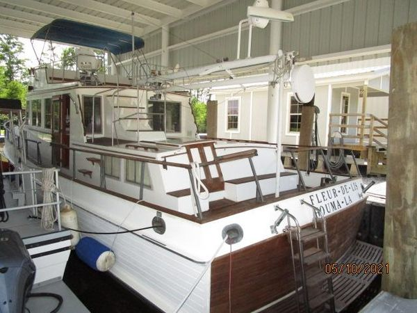 """Used Grand Banks """"49"""" Classic Motor Yacht For Sale"""