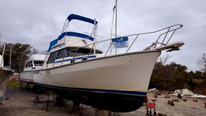 Used Mainship MK III Trawler Motor Yacht For Sale