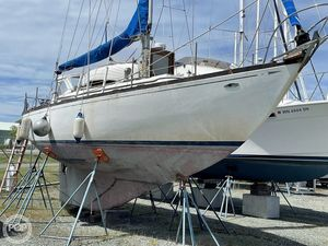 Used Cheoy Lee Luders 36 Sloop Sailboat For Sale