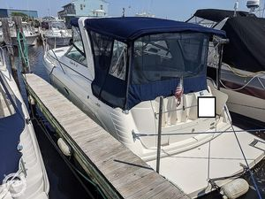 Used Rinker Fiesta Vee 312 Express Cruiser Boat For Sale