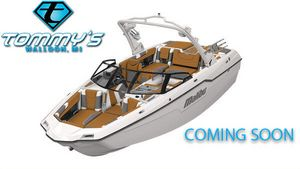New Malibu M220 Ski and Wakeboard Boat For Sale