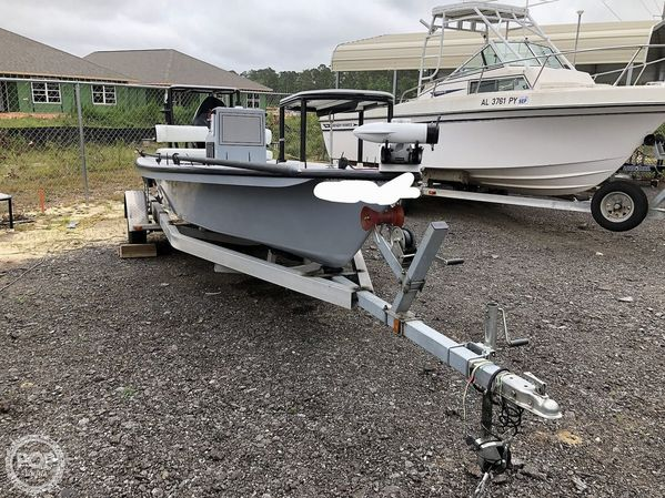 Used Xplor X18 Flats Fishing Boat For Sale