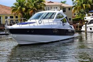 Used Cruisers Yachts 540 SC Motor Yacht For Sale