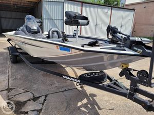 Used Bass Tracker Pro 195 TXW Tournament Edition Bass Boat For Sale
