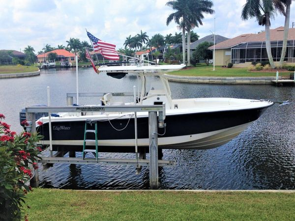 Used Edgewater 265 CC Cruiser Boat For Sale