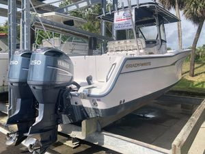 Used Grady-White CC Bimini Center Console Fishing Boat For Sale
