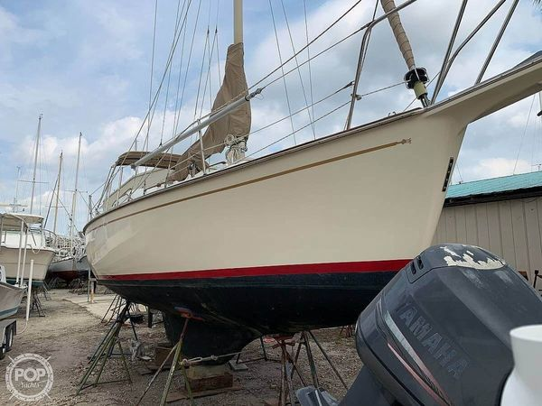 Used Bombay Clipper 31 Daysailer Sailboat For Sale
