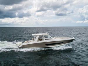 Used Boston Whaler 420 Outrage Motor Yacht For Sale