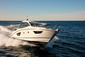 Used Beneteau Gran Turismo 50 Express Cruiser Boat For Sale