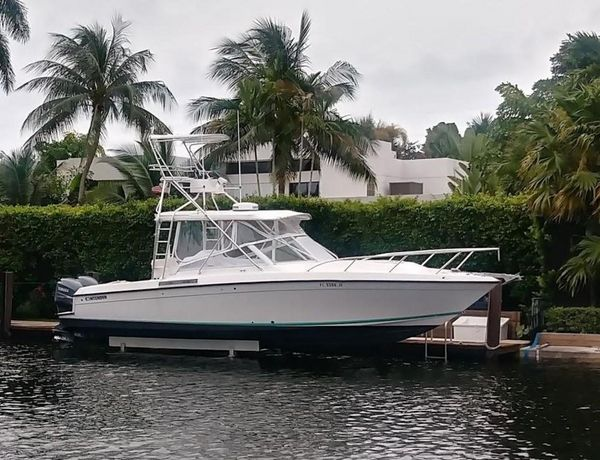 Used Contender Express Side Console Sports Fishing Boat For Sale
