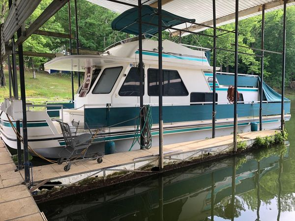 Used Gibson Cabin Yacht House Boat For Sale