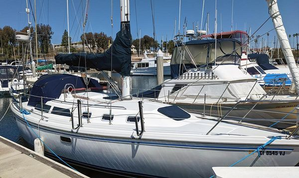 Used Catalina 34 Racer and Cruiser Sailboat For Sale