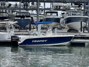 Used Trophy 1903 CC Center Console Fishing Boat For Sale