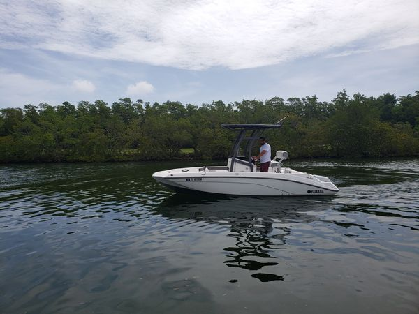 Used Yamaha Boats FSH 190 Sports Center Console Fishing Boat For Sale