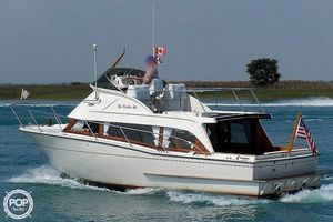 Used Cheoy Lee 30 Spoiler Express Cruiser Boat For Sale