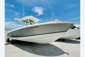 Used Boston Whaler 280 Outrage Sports Fishing Boat For Sale