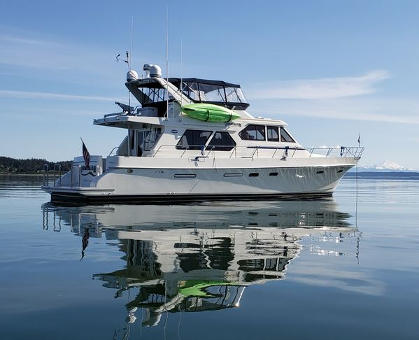 Used Symbol 557PH Pilothouse Boat For Sale