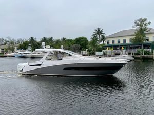 Used Azimut Verve 40 High Performance Boat For Sale