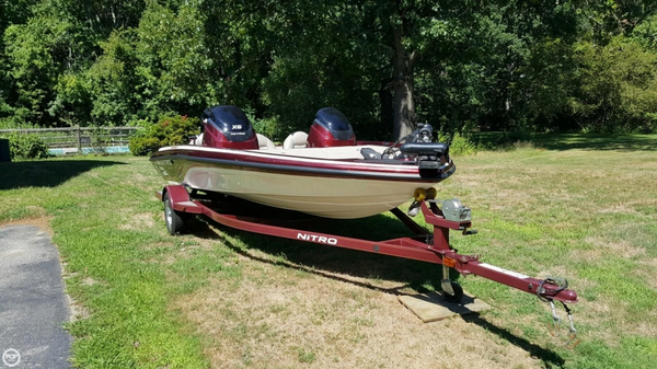 Used Nitro X-5 Bass Boat For Sale