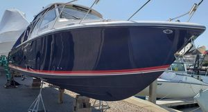 Used Pursuit 325 OS Walkaround Boat For Sale