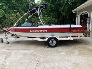 Used Mastercraft Pro Star 190 Ski and Wakeboard Boat For Sale