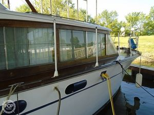 Used Chris-Craft Constellation 42 Antique and Classic Boat For Sale