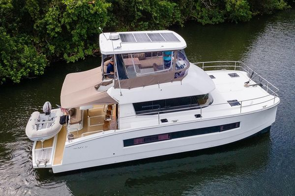 Used Fountaine Pajot Power Catamaran Boat For Sale