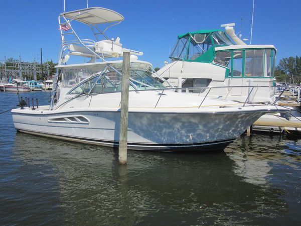 Used Rampage 33 Express Saltwater Fishing Boat For Sale