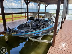 Used Stratos 486FS Bass Boat For Sale