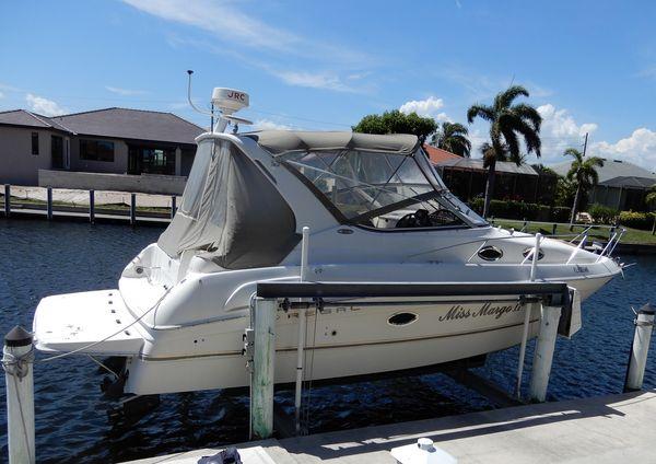 Used Regal 3060 Commodore Cruiser Boat For Sale