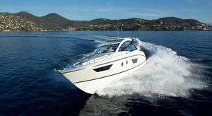 Used Beneteau GT40 Cruiser Boat For Sale