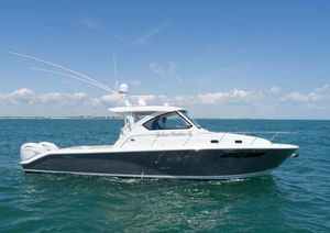 Used Pursuit OS 355 Offshore Sports Fishing Boat For Sale