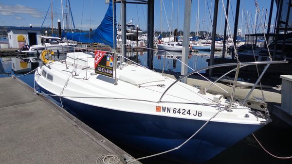 Used Newport Masthead Sloop Racer and Cruiser Sailboat For Sale