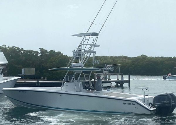 Used Venture Saltwater Fishing Boat For Sale