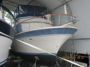 Used Kha Shing 36 Sundeck Trawler Boat For Sale