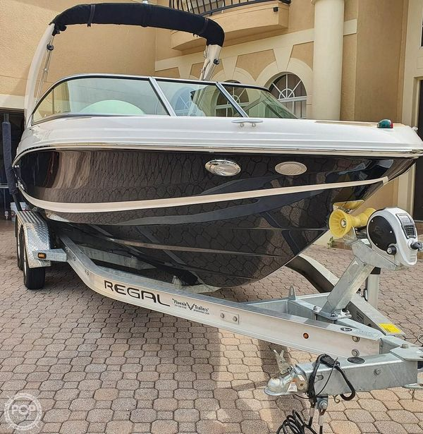 Used Regal ES 2000 Bowrider Boat For Sale