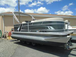 Used Starcraft EX 18 C Pontoon Boat For Sale