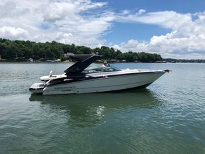 Used Monterey 328 SS Bowrider Boat For Sale