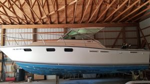 Used Tiara Yachts 2700 Open Express Cruiser Boat For Sale