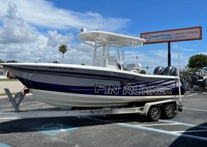 Used Custom Fin Runner CC Center Console Fishing Boat For Sale