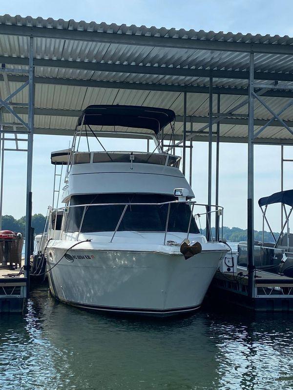 Used Carver 325 Aft Cabin Boat For Sale