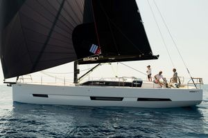 New Elan GT6 Deck Saloon Sailboat For Sale