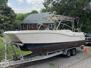 Used World Cat 266 LC Power Catamaran Boat For Sale