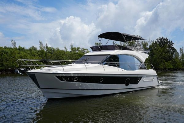 Used Beneteau Monte Carlo Motor Yacht For Sale