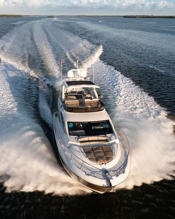 Used Sea Ray L 590 Fly Cruiser Boat For Sale