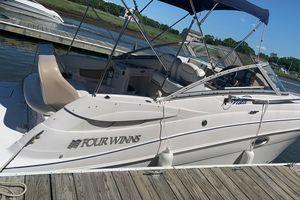 Used Four Winns Vista 258 Cruiser Boat For Sale