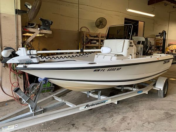 Used Century Inshore 1902 Bay Boat For Sale