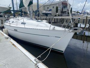 Used Beneteau 331 Keel/Centerboard Cruiser Sailboat For Sale