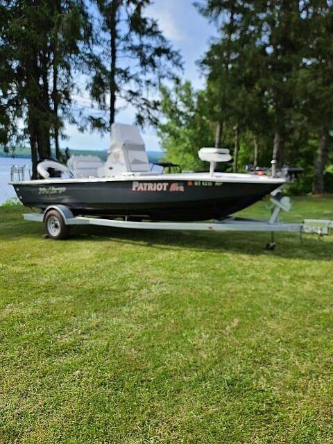 Used Caravelle Key largo 206 Bay Boat For Sale